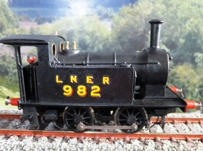 Y7 class 040T in 00 scale NER / LNER / BR / NCB 3d printed Finished Loco - Nothing fancier than halfords filler primer, 1600 grit sandpaper, and halfords matt black were used.