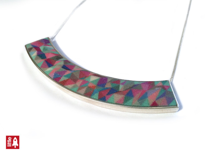 Silver curved necklace (chain not supplied) 3d printed Silver necklace holder with Sandstone insert (sold separately)