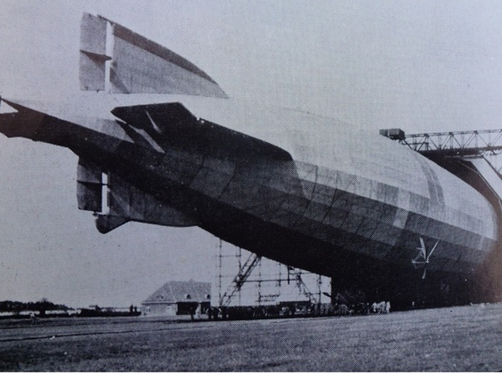 Zeppelin R Type of WW1 1/700th scale 3d printed L30 at the Ahlhorn base.