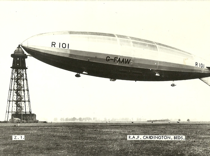 R101 1/1250th scale With Stand 3d printed