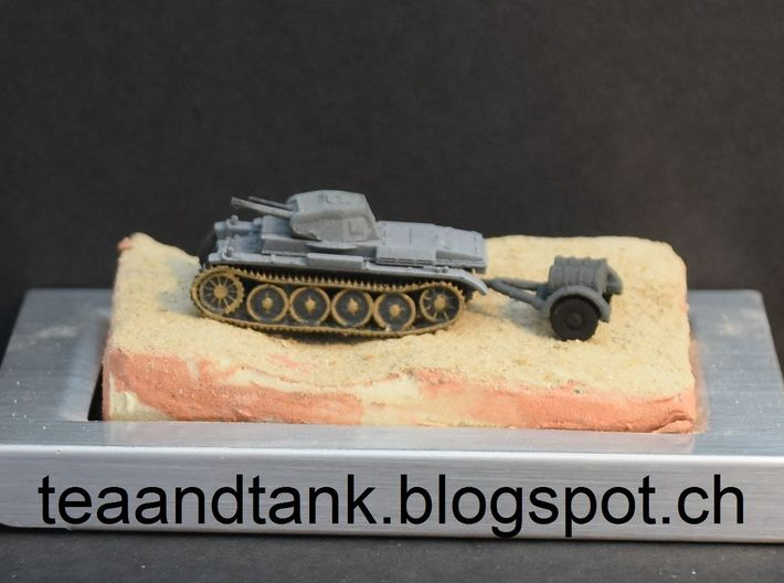 1/144 trailer with oil drums for Wehrmacht tanks 3d printed