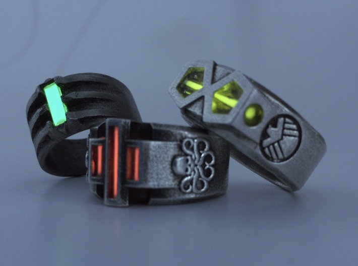 Hydra Size 10-10½ 3d printed With glowing tritium vials installed.