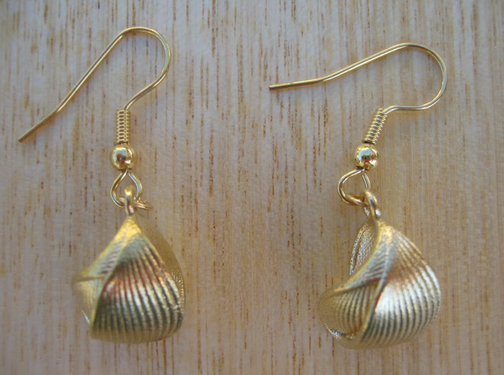 Ribbed Shell Earrings 3d printed