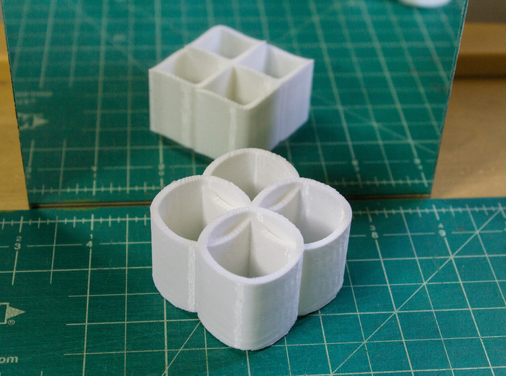 Ambiguous Cylinders : Linking Rings 3d printed