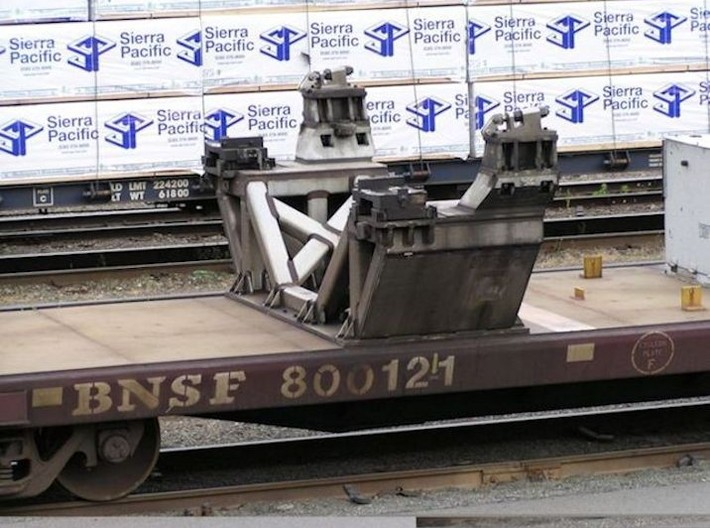 1/87 Boeing Fuselage Cradles for flatcar 3d printed Another view of a cradle.
