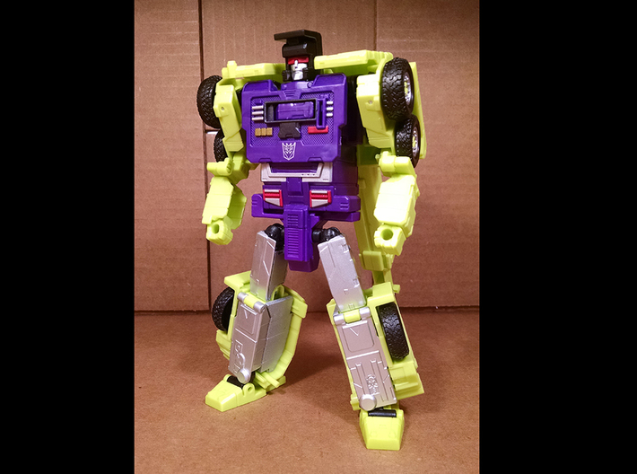 Combiner Wars Hook Thigh Filler 3d printed