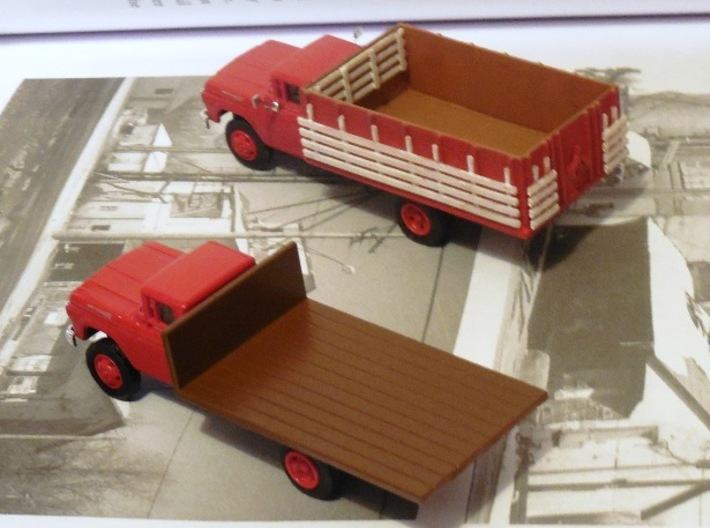 Grain Body with Livestock Racks 3d printed CMW flatbed and truck with grain body