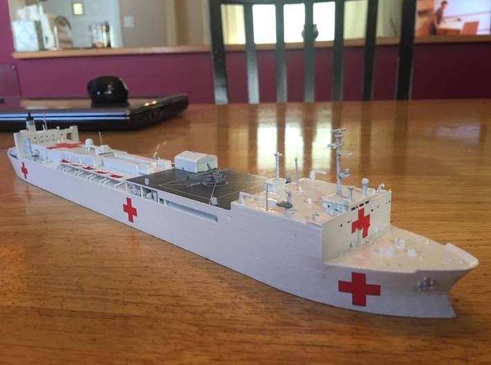 Mercy Class Hospital Ship 3d printed USNS Mercy as built by Bob Justice