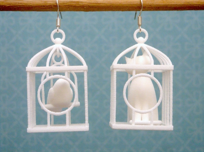 A Bird and a Cat Earrings 3d printed