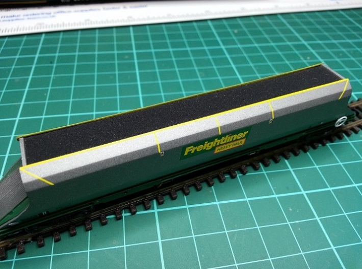 7 * Freightliner 100t HHA Hopper Load N Gauge 3d printed Load for N Gauge Graham Farish Freightliner 100t HHA Hopper