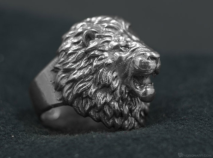 Aggressive Lion Ring 3d printed Natural silver, slightly polished by hand using rotary tool. Be ready polish your ring to get the same result!
