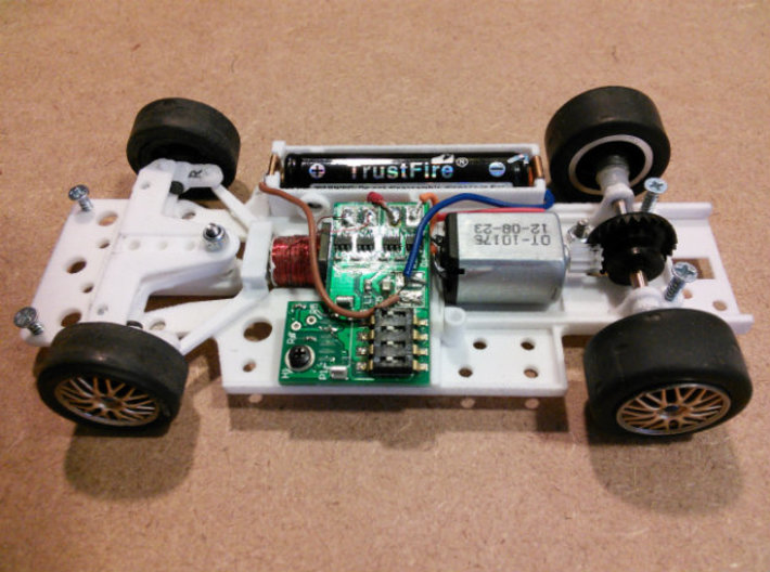 CK4 Chassis Kit for 1/32 Scale LMP MagRacing Car 3d printed Chassis built using CK4 with Fly axles, wheels, tires, and crown gear.