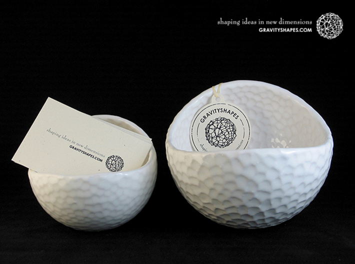 Porcelain Plant-pot in Golfball-Look (large round) 3d printed Gloss White - Size large and XL