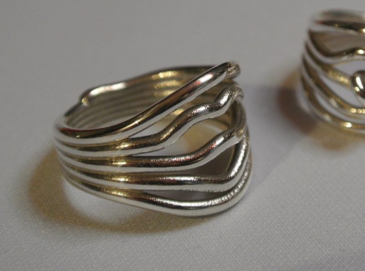 HeliX Love 'n Kisses Ring - 18 mm 3d printed Polished Silver