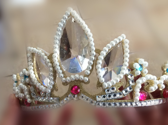 Rapunzel's Tiara 3d printed Completed with added gems and paint.