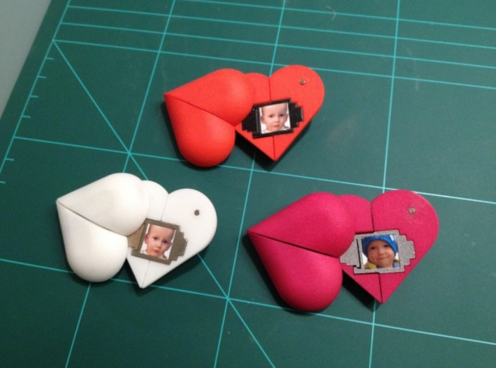 Heart Amulet Small - Outer Part 1 Left 3d printed