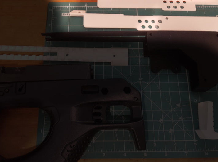 Gladius V1 Left (part 4 of 5) 3d printed Pre-assembly - Part highlighted