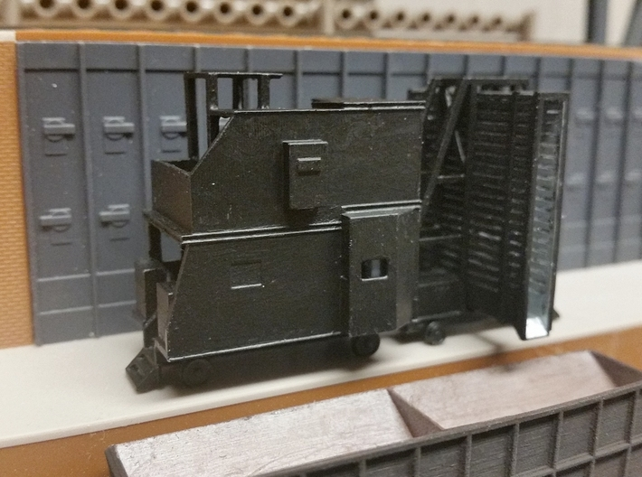 N-scale Door And Guide Car 3d printed Door car and guide car on Walthers coke ovens structure.