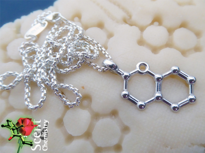 Coumarin 3d printed Rhodium-plated coumarin pendant with a Thomas Sabo KE1107-001-12 on marzipan paste.