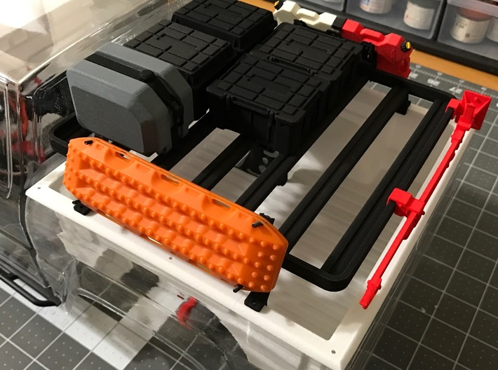 FR10018 SR5 Slimline II Bed Rack 6.0 x 6.5 3d printed Part shown mounted to Proline SR5 body with accessories (sold separately).
