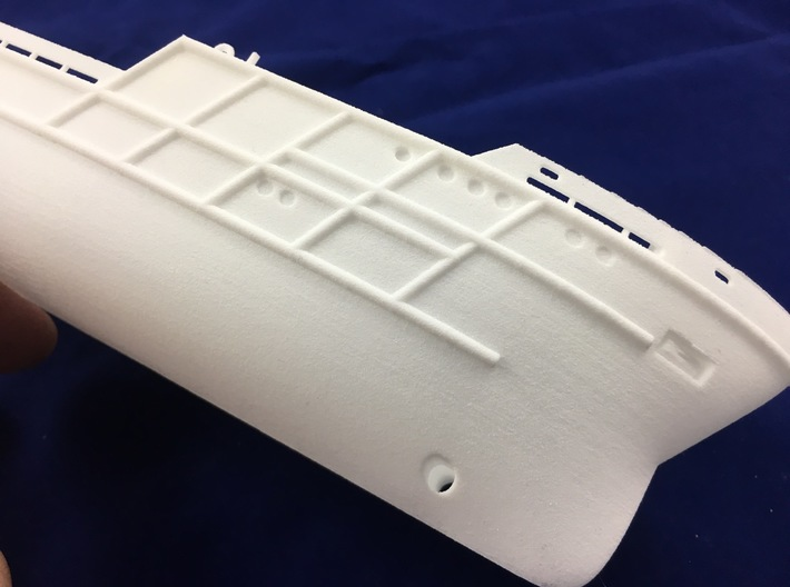 AHTS Granit, Hull (1:200, RC) 3d printed details on hull