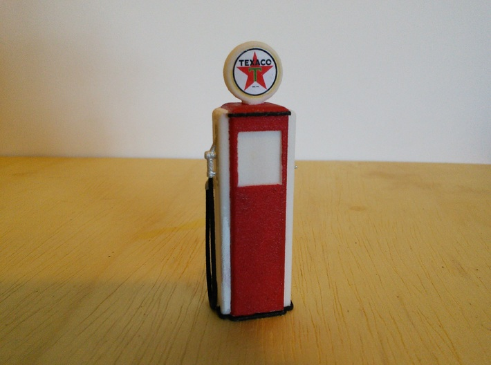 Tokheim 39 Gas Pump, 1/32 Scale 3d printed Pump printed in white plastic, with paint and Texaco logo added.