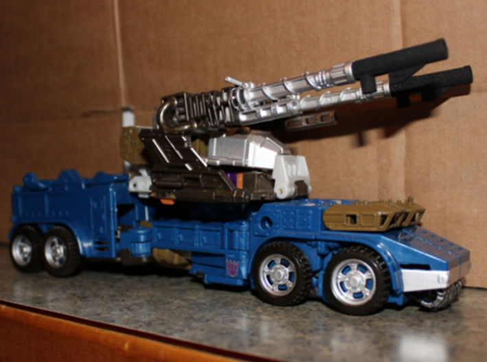 CW/UW Bruticus/Baldigus Cannon Extensions 3d printed Onslaught figure in vehicle mode with cannon extensions on cannons