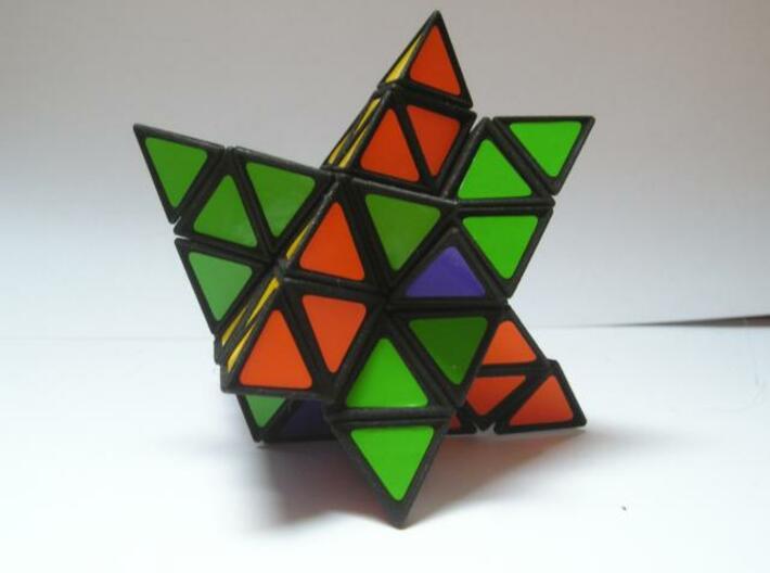 Tetrahedral Twins 3d printed Mid twist, weird shape