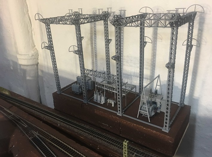 PRR SUB STATION HO SCALE  3d printed Structure with Separate transformers and switch gear