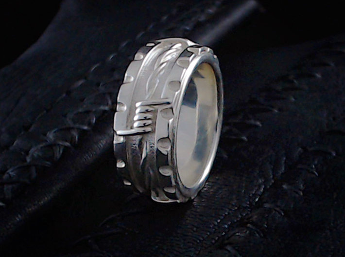 Barbed Wire Ring - Size 91/2  (19.35 mm) 3d printed shown in polished silver