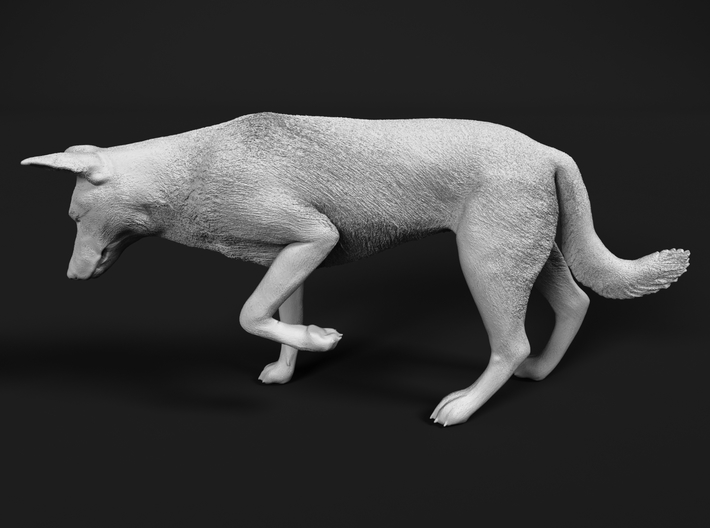 Saarloos Wolfdog 1:25 Female stalks small prey 3d printed