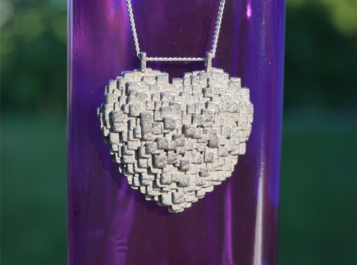 Pixelated Heart 3d printed