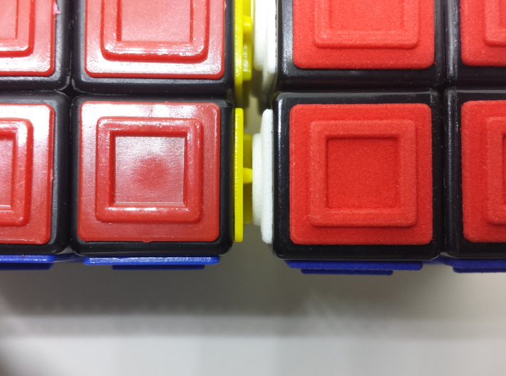 Red replacement tile (Rubik's Blind Cube) 3d printed Comparison (original tiles on the left, 3d-printed tiles on the right)
