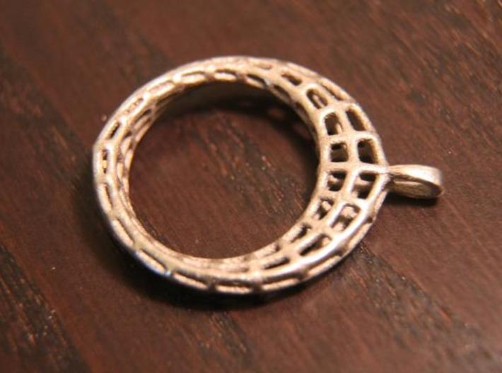 Piped Mobius Band Wireframe Pendant with Bail 3d printed Description