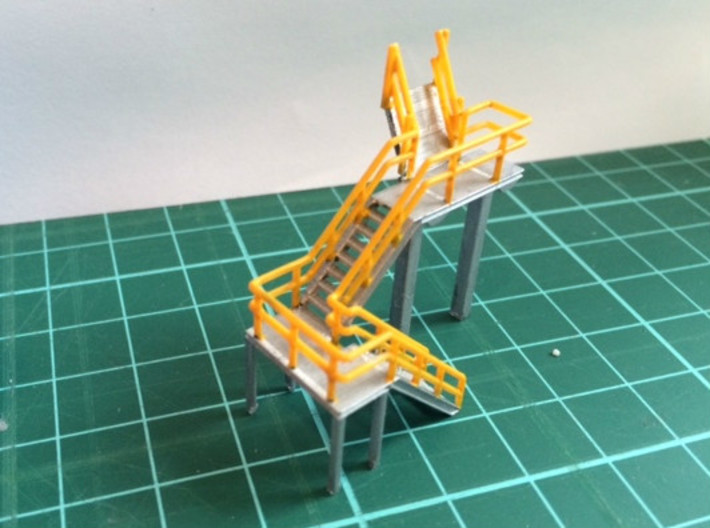 N Scale Train Inspection Platform 3d printed Painted version in Frosted Ultra Detail