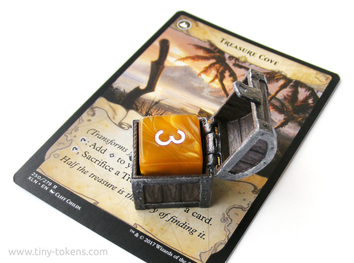 Double MTG Treasure Chest Token (16 mm dice chest) 3d printed An example of a painted chest (single d6 model)
