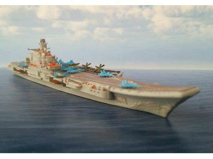 1/2000 RFS Admiral_Kuznetsov 3d printed painted and decal.Aircraft are not included.