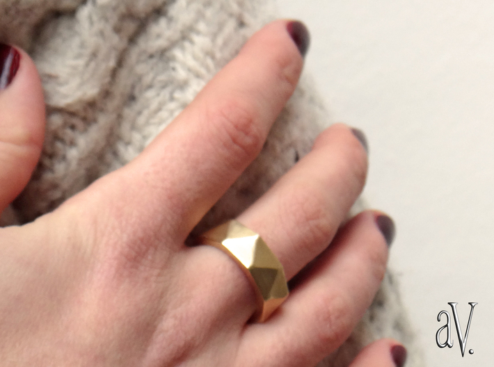 Faceted9 Sided Ring 3d printed
