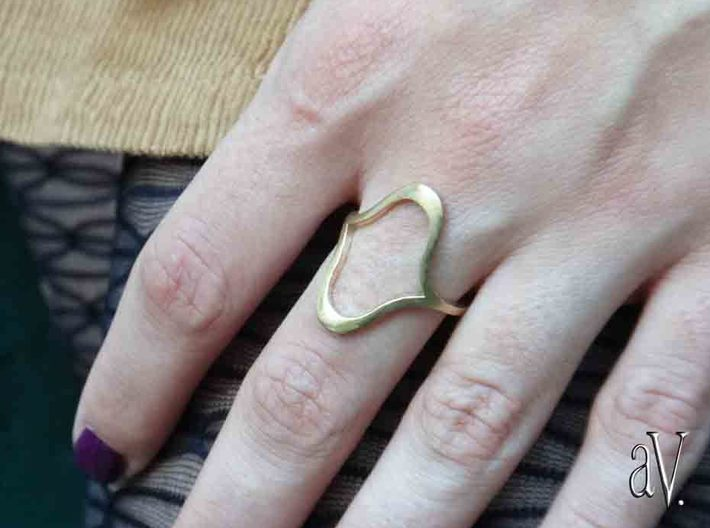 Line Kiss Bend Ring 3d printed