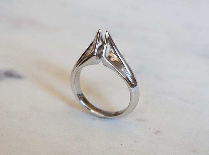 Wire Torc Ring 3d printed