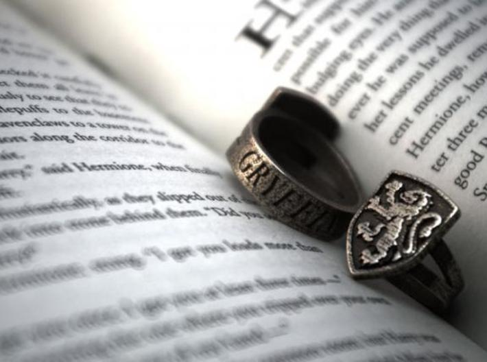 Gryffindor Ring Size 12 3d printed 2