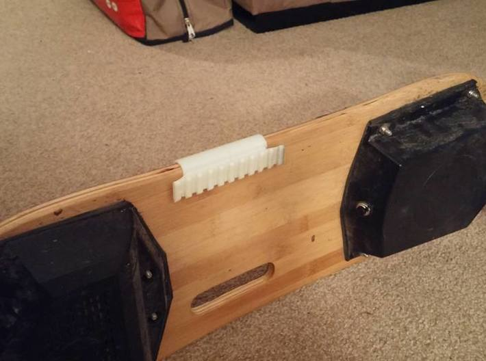 Side-Mounted Picatinny Rail For Skateboards 3d printed