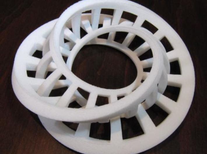 Interlocking Möbius Ladders 3d printed
