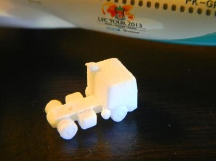 Airport GSE 1:400 Head trailer truck 3d printed