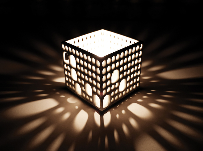 Arches Pencil Holder 3d printed As lamp...