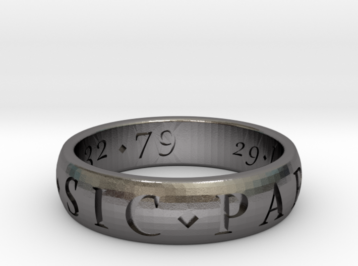 Size 11.5 Sir Francis Drake, Sic Parvis Magna Ring 3d printed