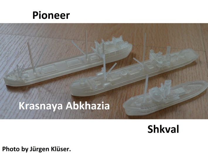 1/700th scale Shkval soviet tug boat 3d printed Photo by Jürgen Klüser.