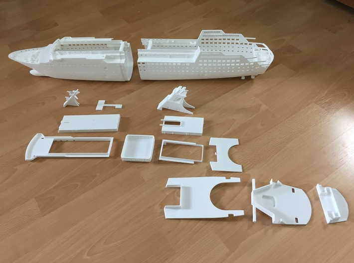 MS Arkona, Superstructure (1:200, RC) 3d printed