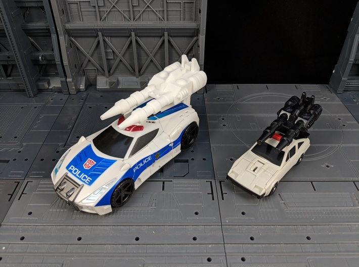 TF Combiner Wars Streetwise Car Cannon 3d printed Cannon mounted with adapter on Streetwise