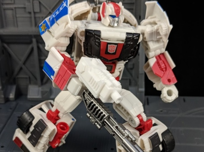 TF CW Streetwise Wide Car Cannon Adapter 3d printed Combined with Streetwise's weapon